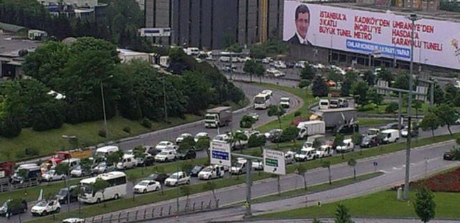 İstanbul'da trafik durma noktasında