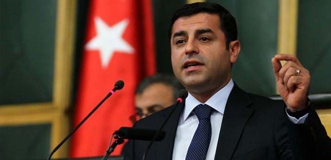 Demirtaş: AKP'ye armağan etmiş oldu