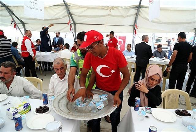 TİKA Kerkük'teki Türkmen sığınmacılara iftar verdi