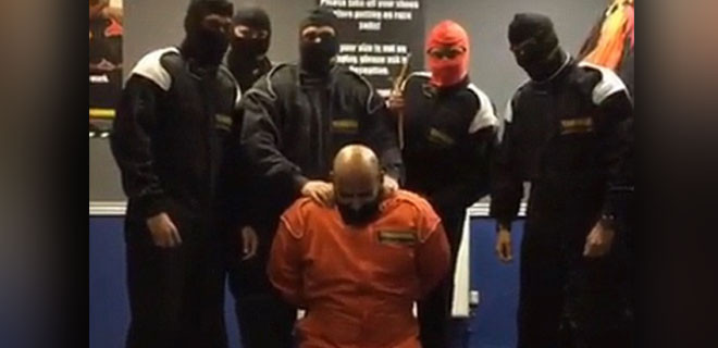 Banka çalışanları IŞİD videosu çekince kovuldular