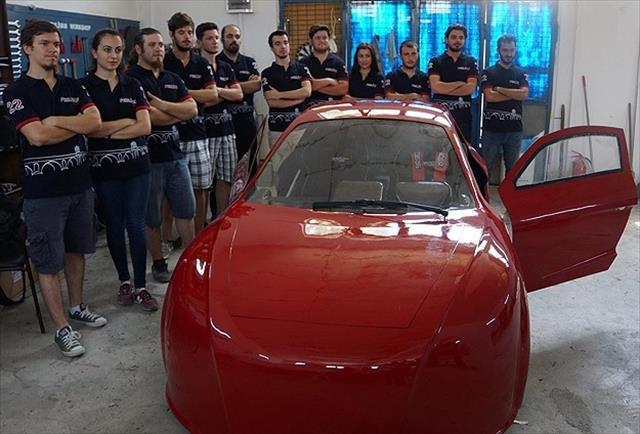 Üniversitelilerden elektrikli araç