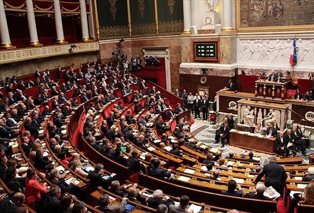 'Avrupa'da parti kapatma yok, siyasi yaptırım var'