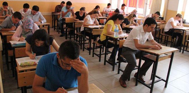 Öğretmenler KPSS sınavında sınıfta kaldı