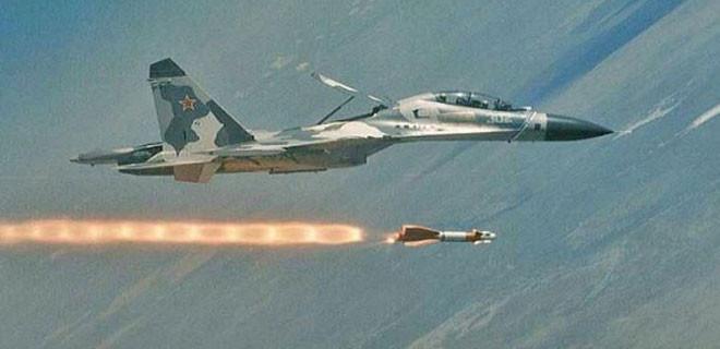 ABD savaş uçakları El Nusra'ya bomba yağdırdı
