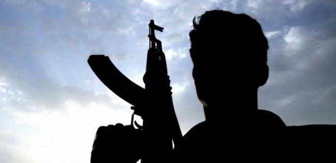 PKK köy boşaltıyor cephanelik dolduruyor