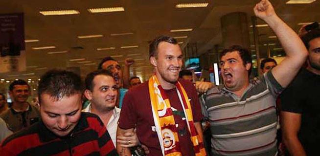 Galatasaray'a Grosskreutz şoku!