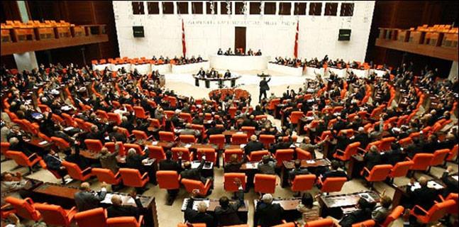550 üyeli Meclis'te 556 oy çıktı