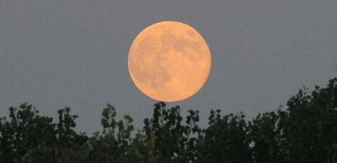 Yılın son 'Ay tutulması' bu gece gerçekleşecek