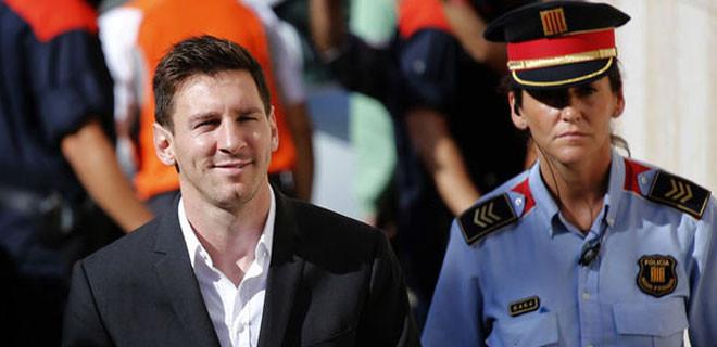 Lionel Messi'nin 22 ay hapsi isteniyor