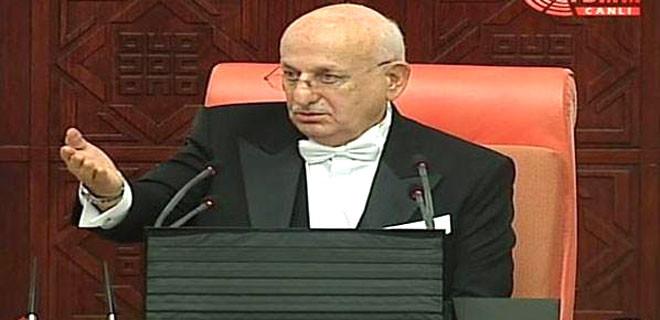 Meclis'in ilk oturumu tartışmalarla yapıldı