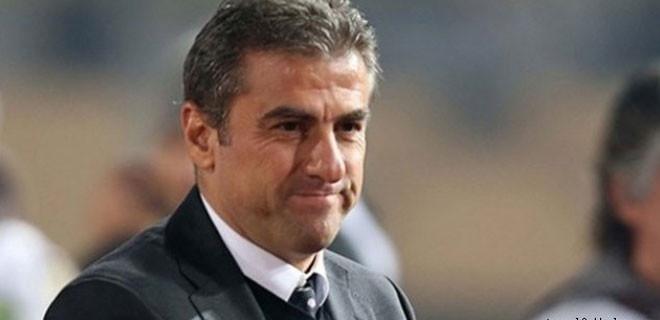 Hamzaoğlu'ndan Sneijder ve Denizli'ye