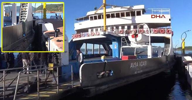 Çanakkale'de feribot iskeleye çarptı: 13 yaralı