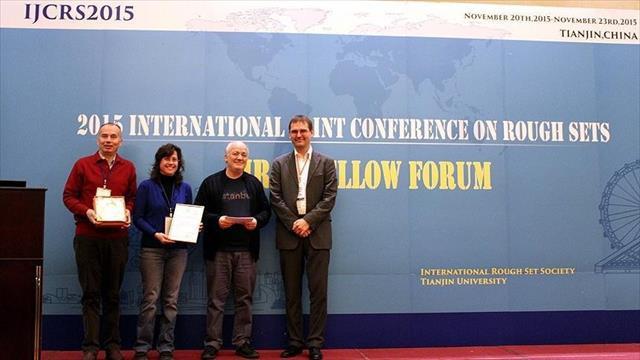Türk bilim insanlarına Çin'de 'en iyi makale' ödülü