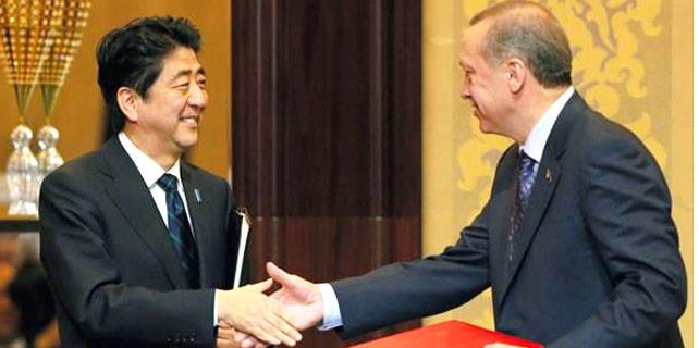 Japonya Başbakanı Abe'den Erdoğan'a Putin mesajı