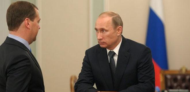 Rusya Başbakanı Medvedev Türkiye'ye karşı yaptırım talimatını imzaladı