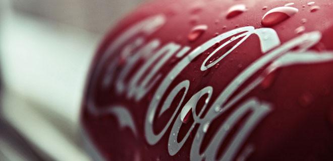 Coca-Cola neden kırmızı ve beyaz kullandı?
