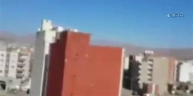 Cizre'de güvenlik güçlerinin zafer kutlaması