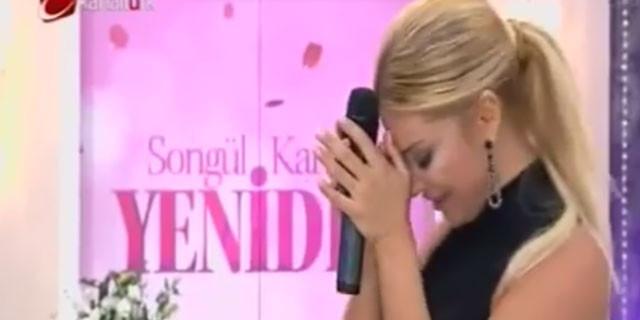 Songül Karlı yeni programını gözyaşlarıyla açtı