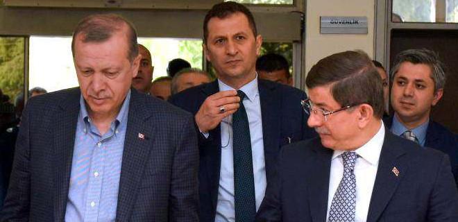 Erdoğan'dan Davutoğlu için sert sözler!