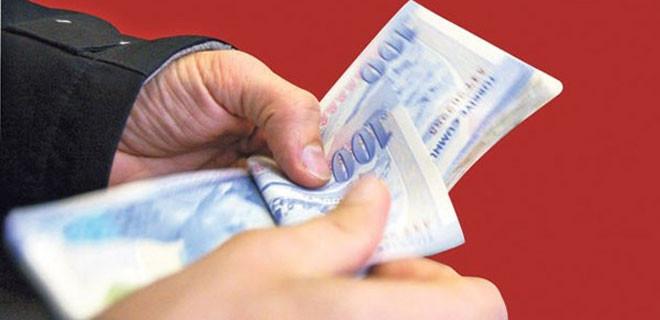 Emekliye 3 bin 900 lira avans