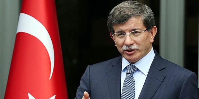 Ahmet Davutoğlu hangi takımı tutuyor?