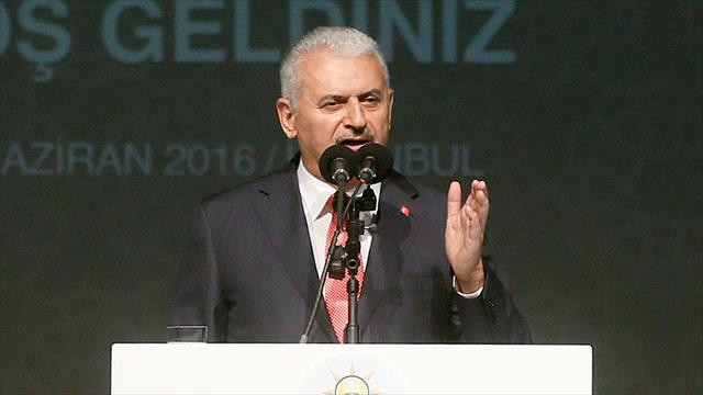 'Kalıcı istikrarın yolu Başkanlık sistemi ve yeni anayasa'