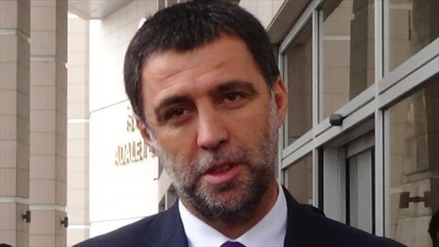 Hakan Şükür'e Galatasaray şoku