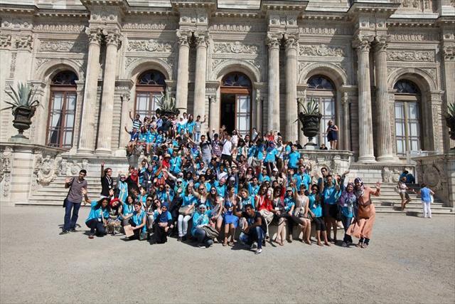 46 ülkeden 540 öğrencinin katılımıyla başladı