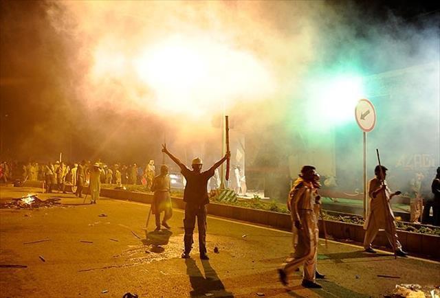 Pakistan'da hükümet karşıtı gösteriler