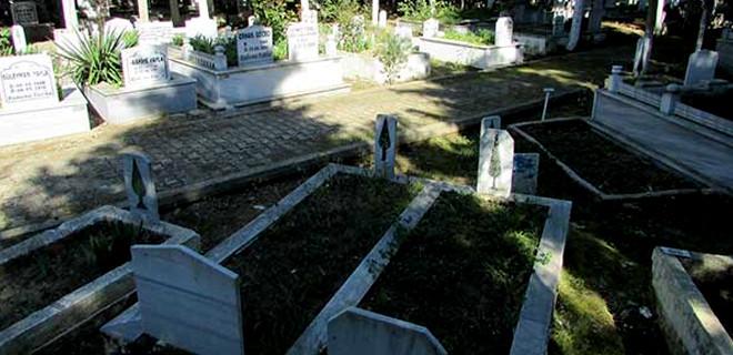 Mezarlıkta yanlış kıble tartışması