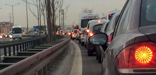 İstanbul'da trafik arap saçına döndü
