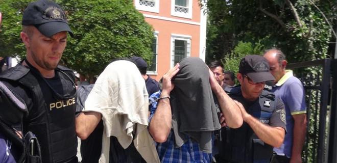 Yunan mahkemesi darbecilerin iadesine karşı çıktı