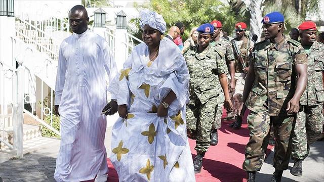 Gambiya Devlet Başkan Yardımcısı istifa etti
