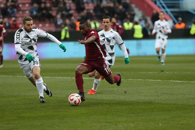 Trabzonspor, Avni Aker'e galibiyetle veda etti