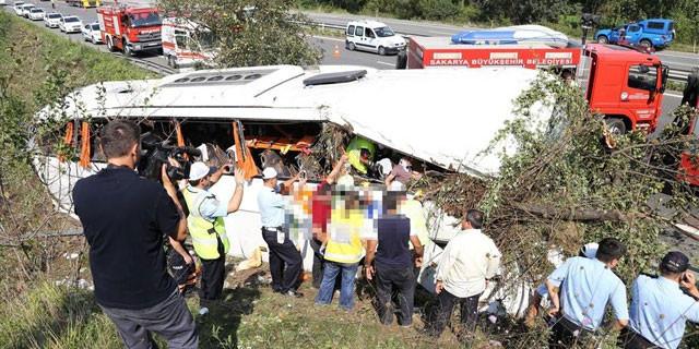 İstanbul'dan Zonguldak'a giden otobüs devrildi