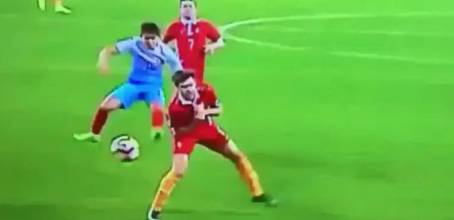Tam 25 metreden muazzam gol