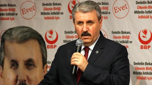 BBP Genel Başkanı Destici: Türkiye, 35 senedir darbe anayasasıyla yönetiliyor