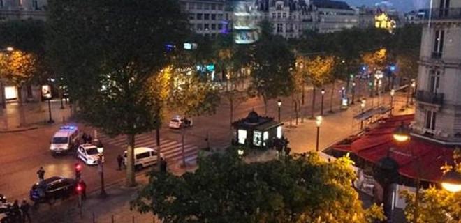 Paris'te çatışma: 1 polis öldü, 1 polis yaralandı