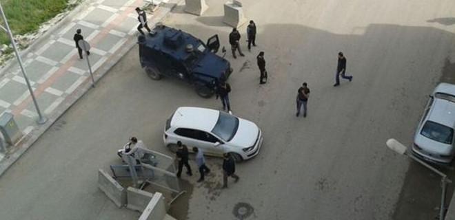 Suruç Emniyeti'ne bombalı saldırı girişimi engellendi