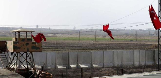 PYD bölgesinden Akçakale'ye havan atışı