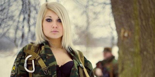 Onlar Rusya'nın kadın askerleri!