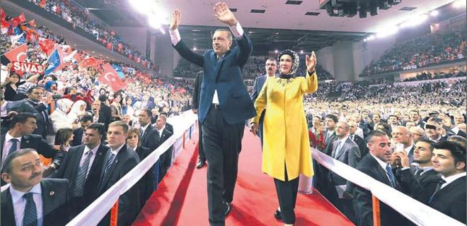AK Parti'de 100 bin kişilik kongre! Kimlere davetiye gitmedi?
