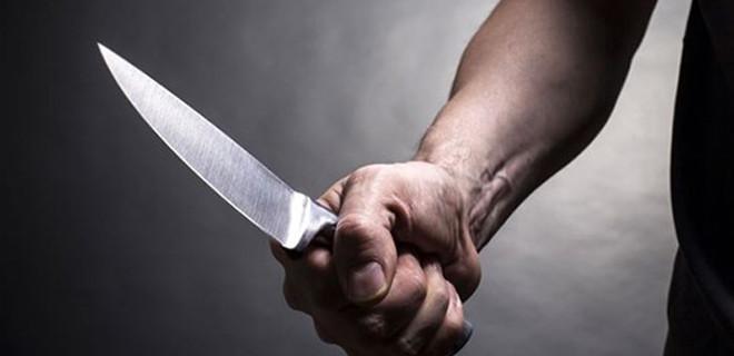 15 yaşındaki kız çocuğu babasını bıçakladı