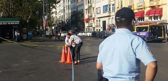 Taksim Meydanı'nda şüpheli paket bulundu