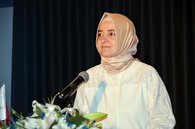 Bakan Kaya, otizm farkındalık filmleri ödül törenine katıldı