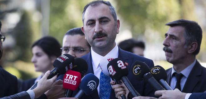 Bakan Gül'den Metin Topuz hakkında flaş açıklama