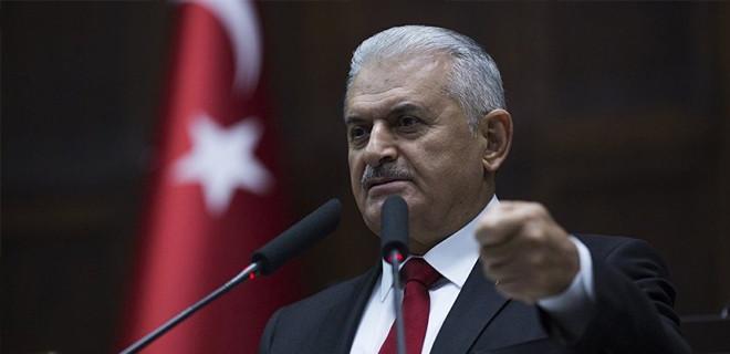 Başbakan Yıldırım: Bre ahmaklar, AK Parti kurulduğu günden beri Anıtkabir'e gidiyor!