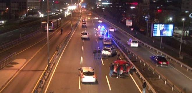 Mecidiyeköy'de zincirleme kaza!
