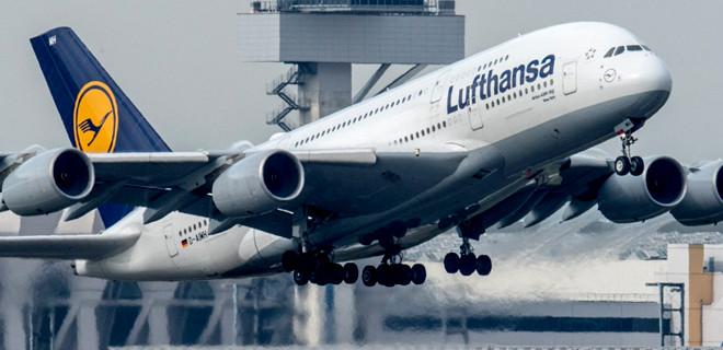 Yolcu kalp krizi geçirdi, uçak acil iniş yaptı