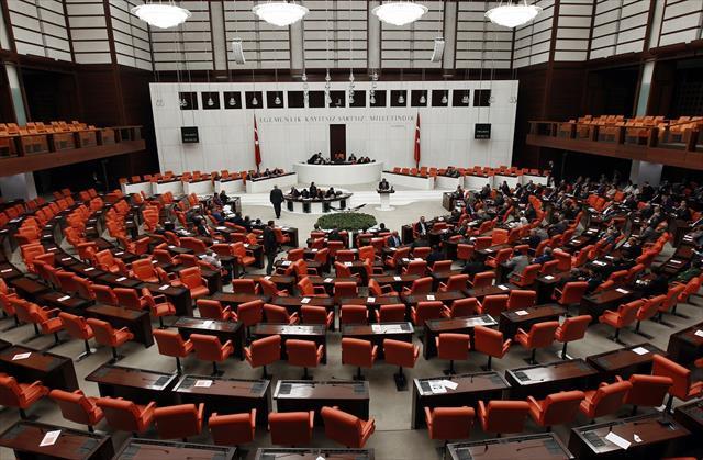 Meclis yarın mesaiye başlıyor